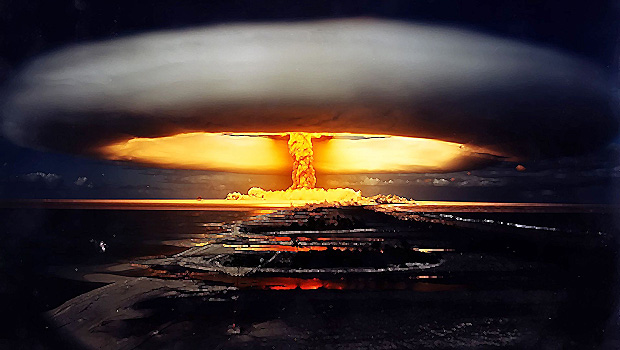 467-nuclear-bomb-explosion